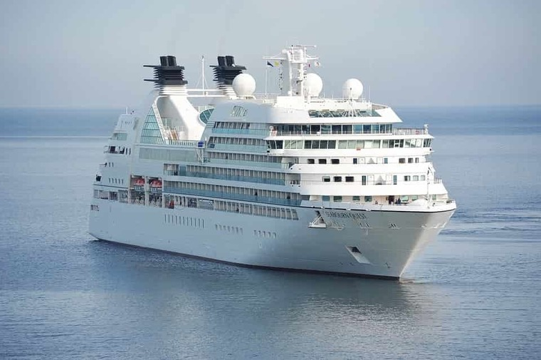 Large cruise employment boost travind