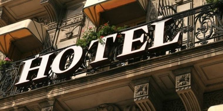 Large hotel industry trends