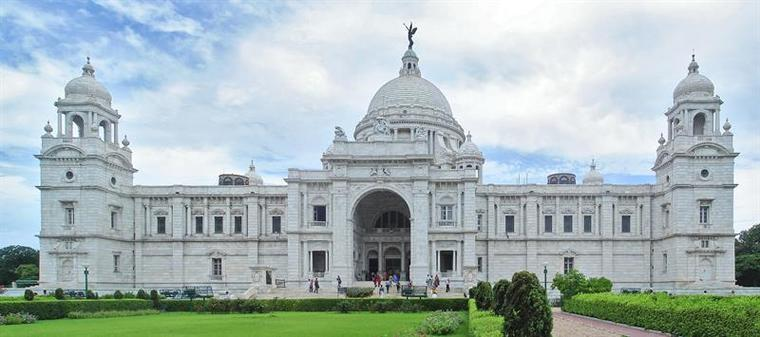 Large kolkata best tourist places in west bengal victoria hall